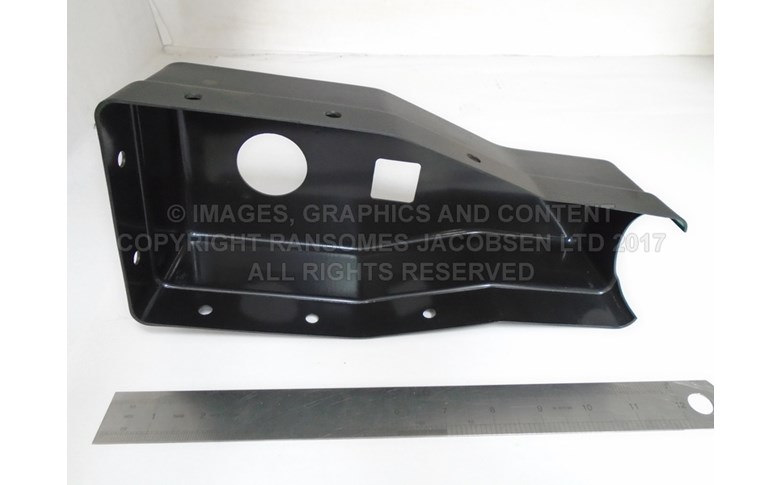 009135780 COVER, TOP STEERING UNIT
