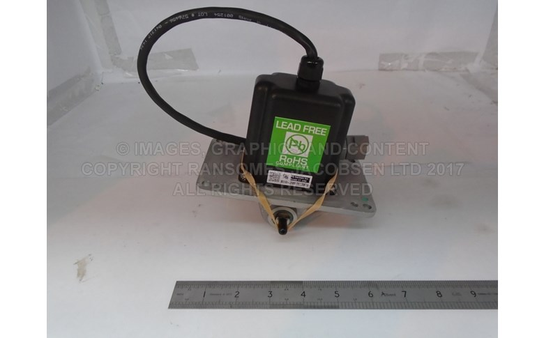 4282077 Traction Pedal