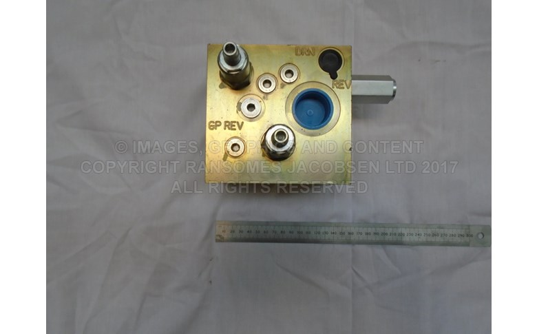 4323028 TRACTION VALVE, 4WD